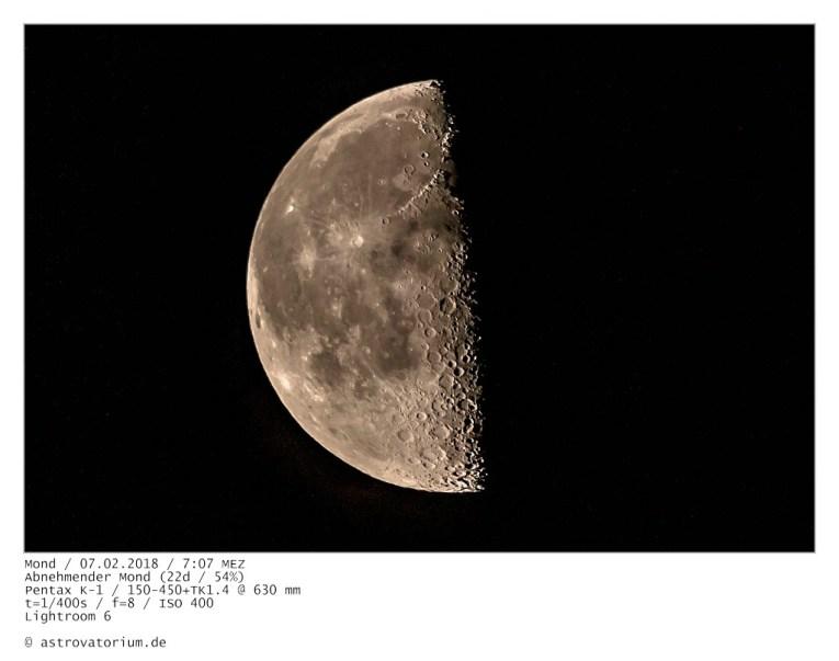 Abnehmender Mond (22d/54%)