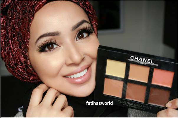Lumiere Maquillage Beautiful Banque Dimages Belle Fille