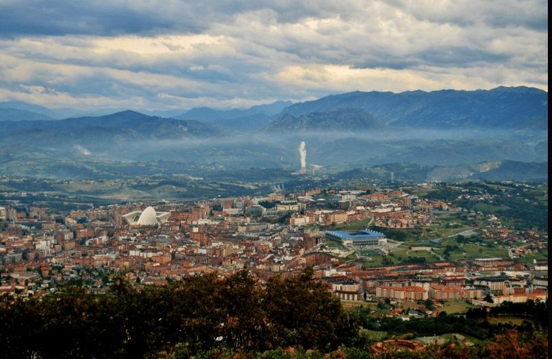 Vistas desde el naranco.Un día en Oviedo o Gijón