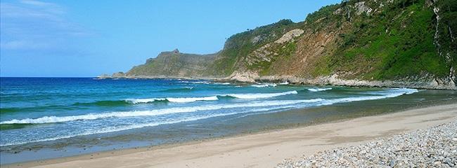 playa de san pedro en cudillero