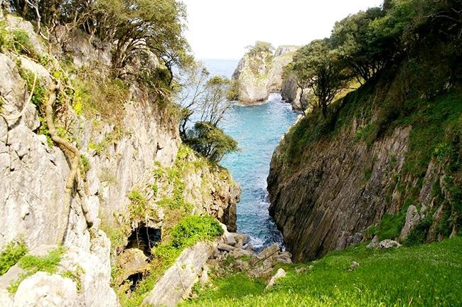 ruta costa de llanes pimiago
