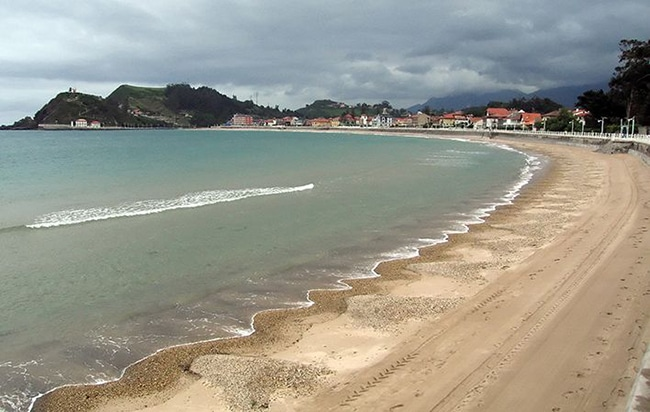 playas para niños en asturias playa de santa maria