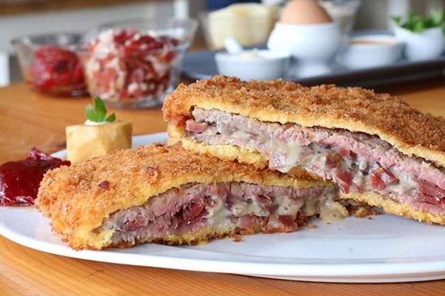 cachopo asturiano uno de los platos tipicos de asturias