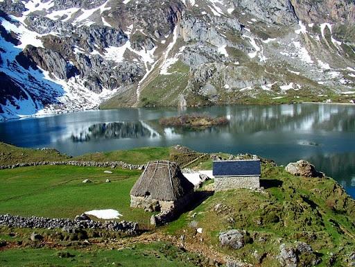 ruta por los lagos de saliencia en invierno