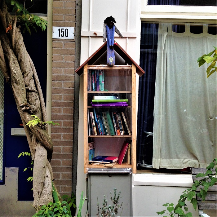 Unofficial Amsterdam Little Free Library
