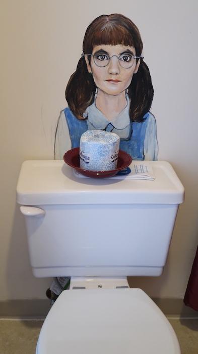Sylvia Beach Hotel Rowling bathroom