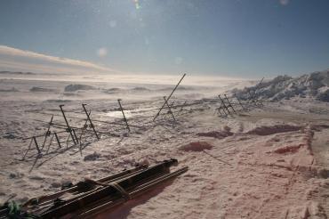 Montage des stations météorologiques à blanc