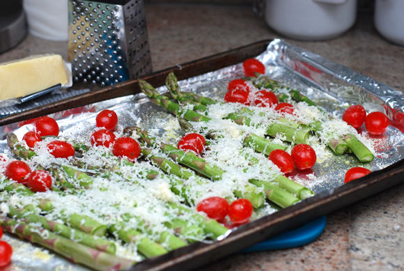 Cheddar Roasted Asparagus & Tomatoes