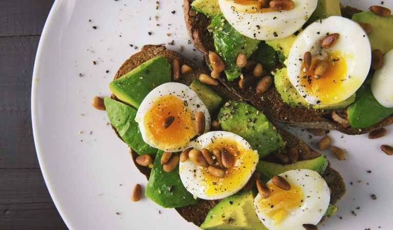 7 Easy & Delish Ways To Cook Eggs For Breakfast