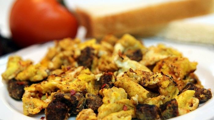 scrambled eggs churizo