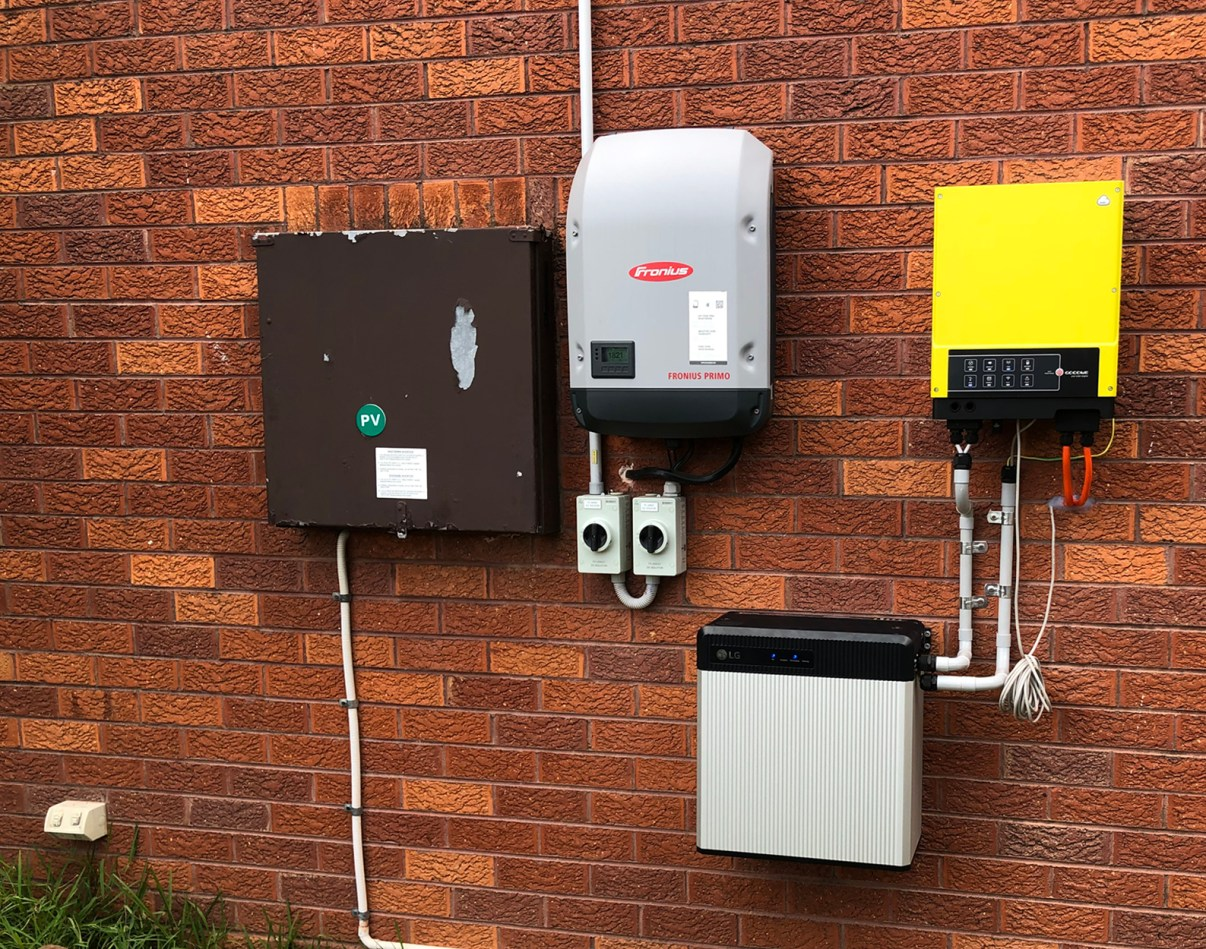 10kW of rooftop solar plus an LG 9.8kW Battery