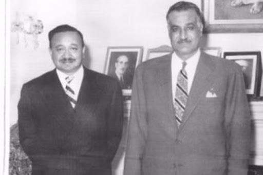 ثروت عكاشة.. المؤسس للثقافة الجماهيرية برفقة جمال عبد الناصر