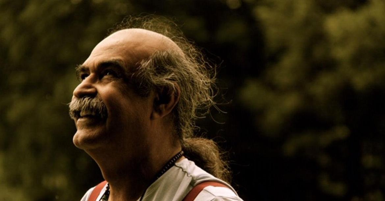 الشاعر البحريني قاسم حداد