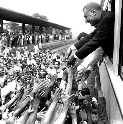 جمال عبد الناصر على متن القطار