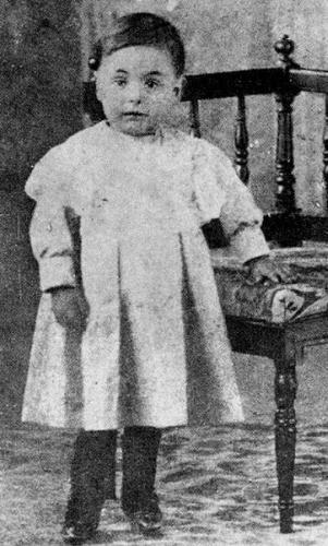 بابلو نيرودا طفلًا