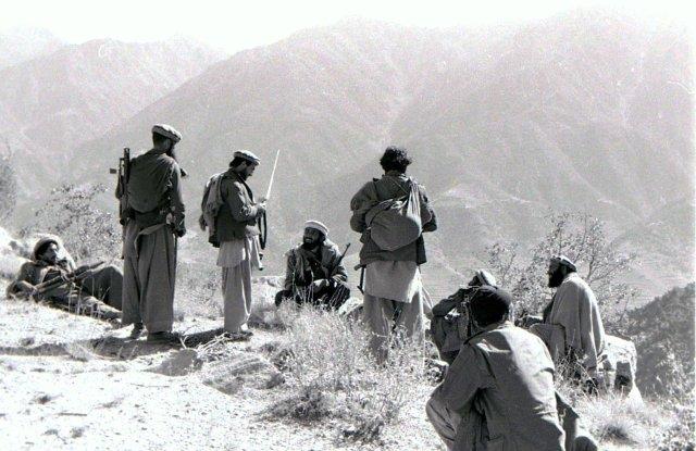 مقاتلين أفغان