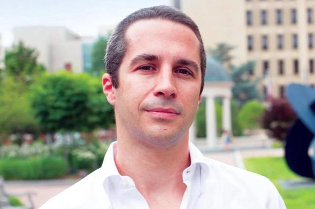 الدكتور لورنزو فيدينو