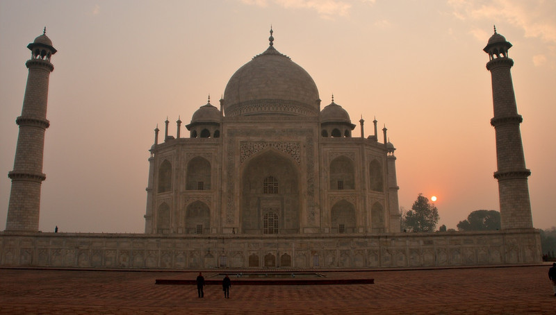 7 Wonders of the World - Taj Mahal, India