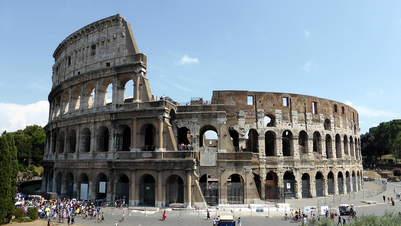 7 Wonders of the World -The Colosseum, Italy