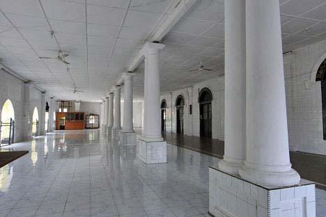 masjid-raya-ganting-2