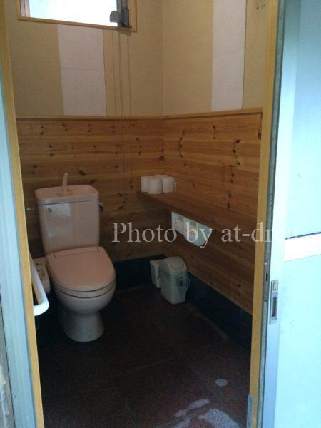 姉川パークキャンプ場 トイレ