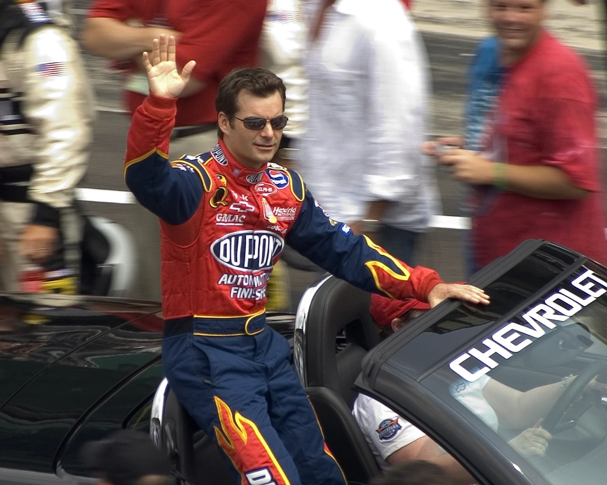 25 of the Best NASCAR Drivers Of All Time