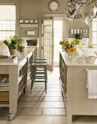 Marthas Kitchen |  Table!