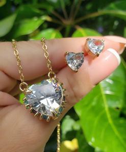 Conjunto brinco e colar coração super luxo com zircônia branca, turmalina, roxa e água marinha em banho de ouro 18k