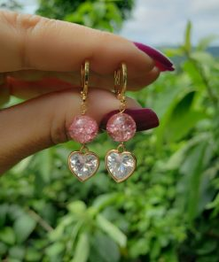 Argola com jade rosa fusion AA e coração de zircônia branca em banho de ouro 18k