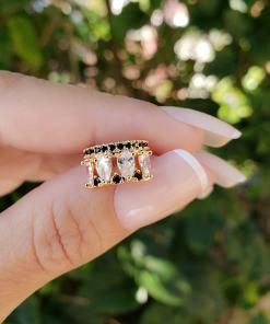 Piercing de pressão unitário Lado Esquerdo com micro zircônia Negra e Branca em banho de ouro 18k