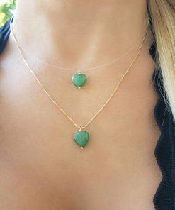 Colar 38cm invisível com Coração de Jade Verde em banho de ouro 18k