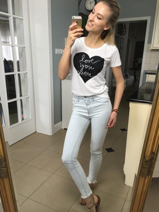 koszulka t-shirt napisem love
