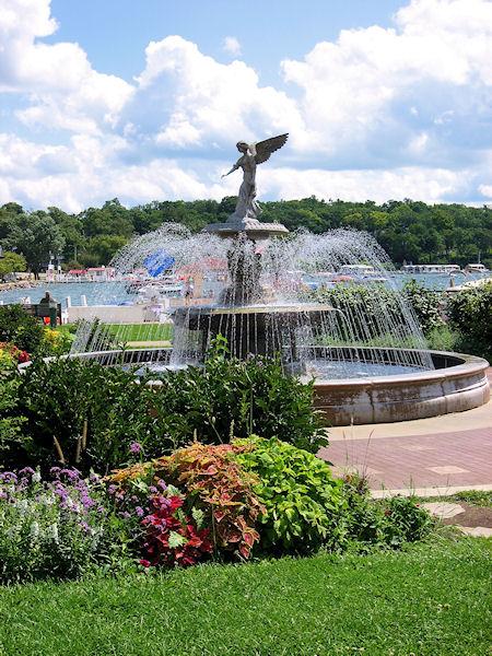 Driehaus Family Fountain in Riveiera Park - Lake Geneva, WI