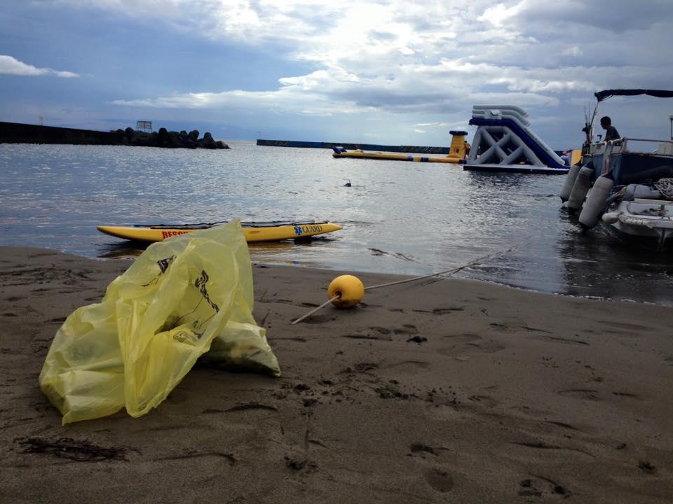 海底ゴミ拾い