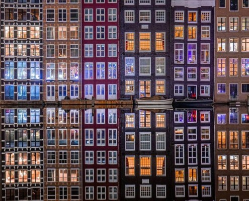 Amsterdam lockdown, lockdown in The Netherlands, winter in Amsterdam, beauty, nature, ice, silence, mirror effect