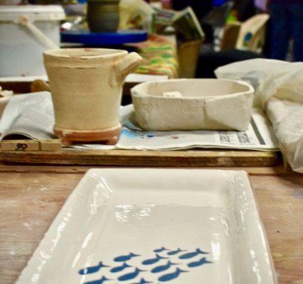 plat cake poterie céramique - Atap aubagne