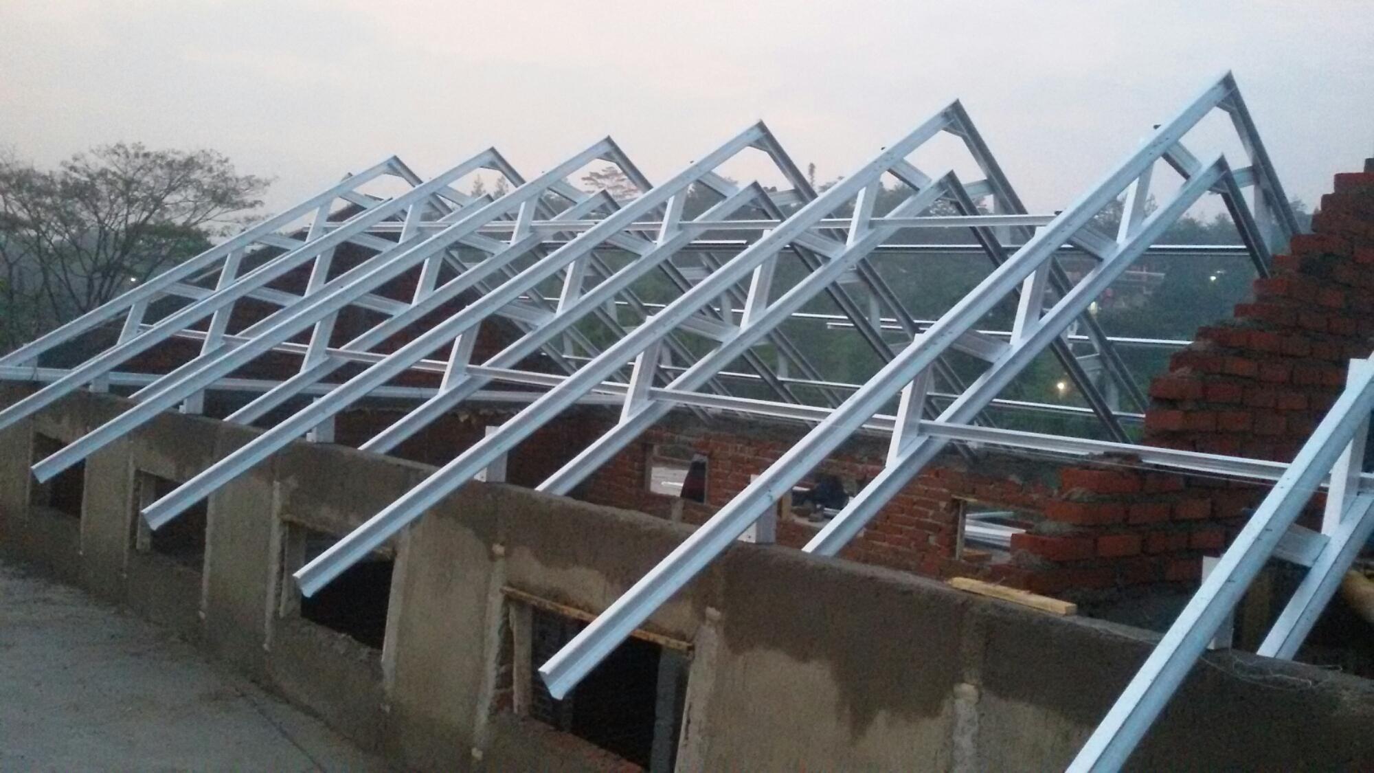 pemasangan baja ringan di bandung pasang permeter atap