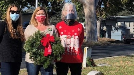 Local Daughters of the American Revolution Honor Patriotism for the Holidays
