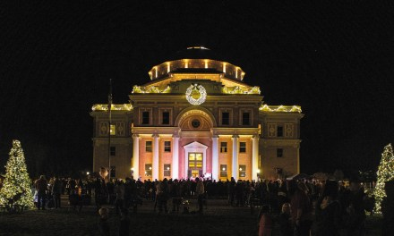 Atascadero Lights Up Downtown