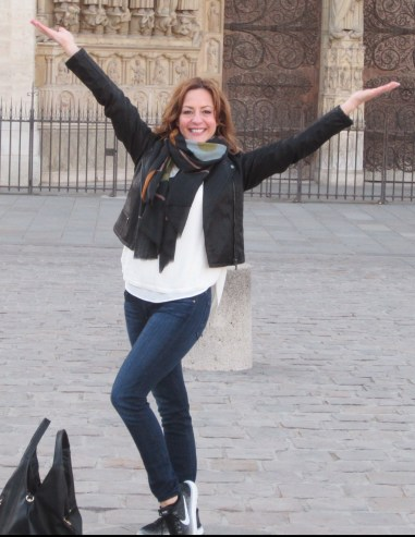 Laura-Notre-Dame-.jpg