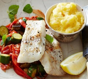 Fish with potatoes and vegetables