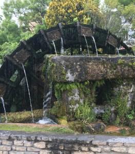 water wheels in L'Isle-sur-la-Sorgue