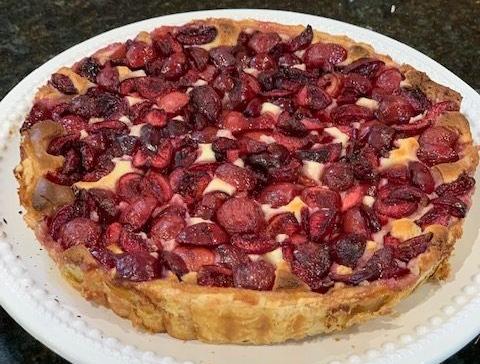Cream cheese cherry tart