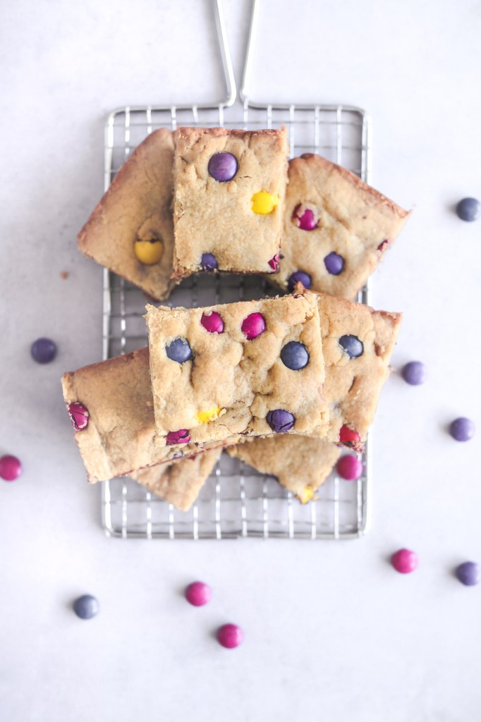 Peanut Butter Pieces Blondies