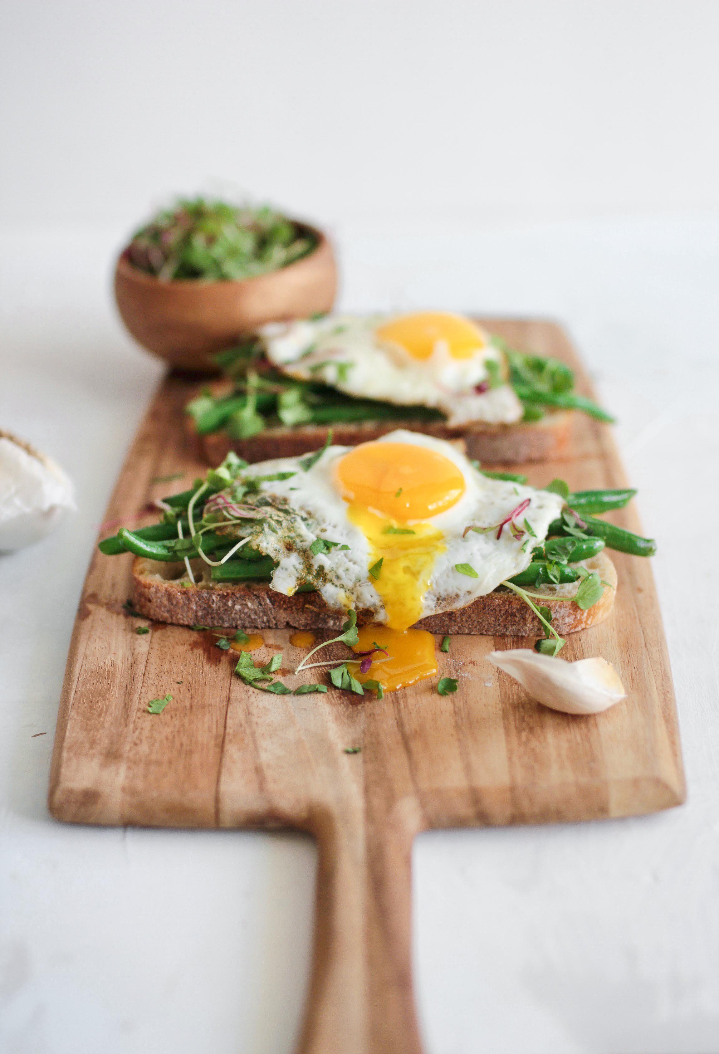 Best Brunch Vegetable Garlic Green Bean Toast with a Fried Egg