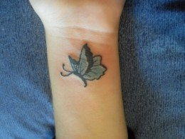 007 Wrist butterfly tattoo designs