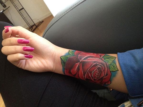 wrist-tattoo-red rose 15