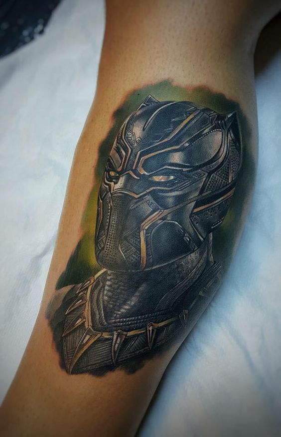 Stunning black panther tattoo on leg