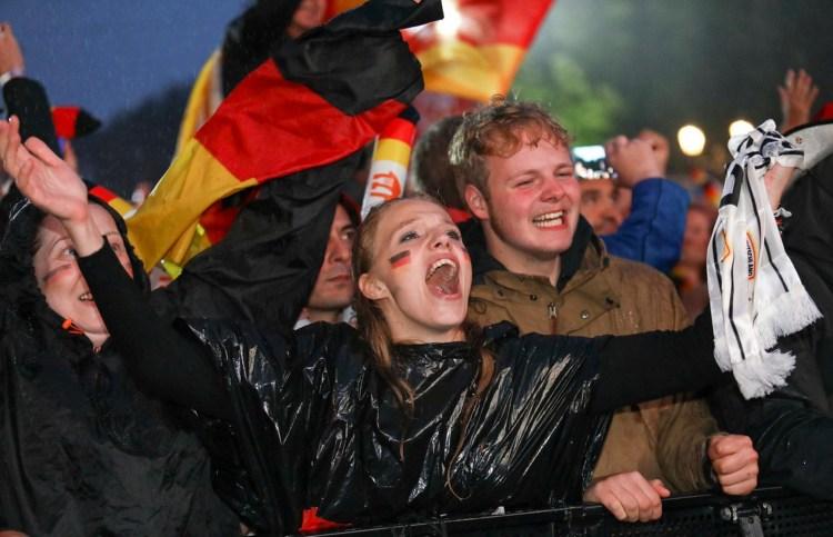 Người hâm mộ vẫn đang chờ đợi đội tuyển Đức hùng mạnh trở lại.