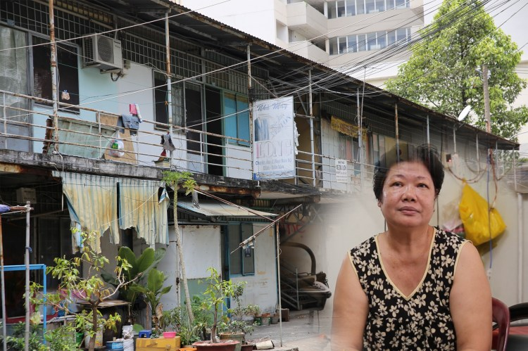 Một góc khu nhà tạm cư-nơi bà Thủy và các hộdân đang sinh sống. (Ảnh: Hùng Võ/Vietnam+)